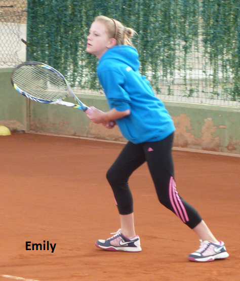 Emily moving for the forehand